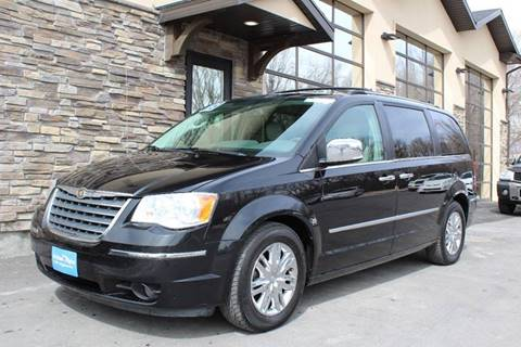 2008 Chrysler Town and Country for sale at Action Auto Sales and Finance (Lehi Location) in Lehi UT