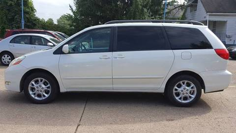 Source · 2006 Toyota Sienna AWD XLE 7 Passenger 4dr Mini Van In Cleveland OH