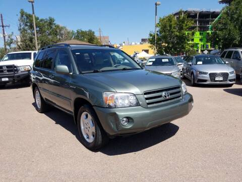 2006 Toyota Highlander for sale at BERKENKOTTER MOTORS in Brighton CO