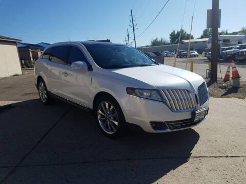 2012 Lincoln MKT for sale at BERKENKOTTER MOTORS in Brighton CO