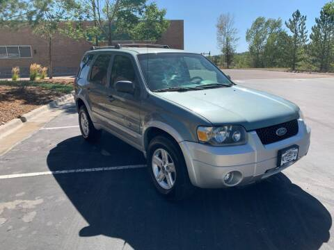 2005 Ford Escape for sale at BERKENKOTTER MOTORS in Brighton CO