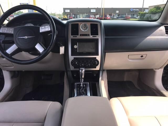 2006 Chrysler 300 Touring 4dr Sedan - Louisville KY