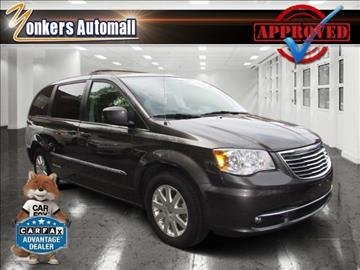 2015 Chrysler Town and Country for sale in Yonkers, NY