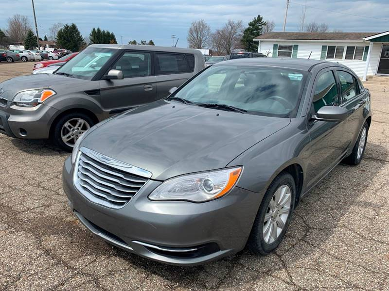 2012 Chrysler 200 Touring 4dr Sedan - Paw Paw MI