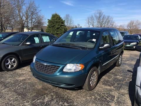 2001 Chrysler Voyager for sale in Gobles, MI