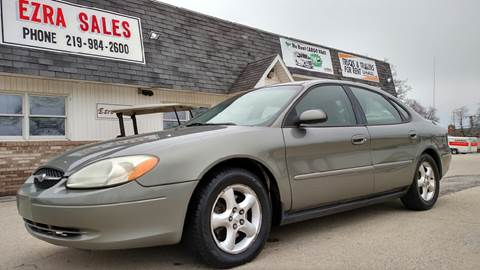 2001 Ford Taurus for sale in Reynolds, IN