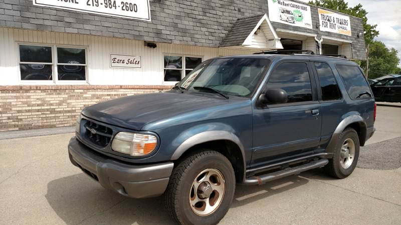1999 Ford Explorer 2dr Sport 4WD SUV - Reynolds IN