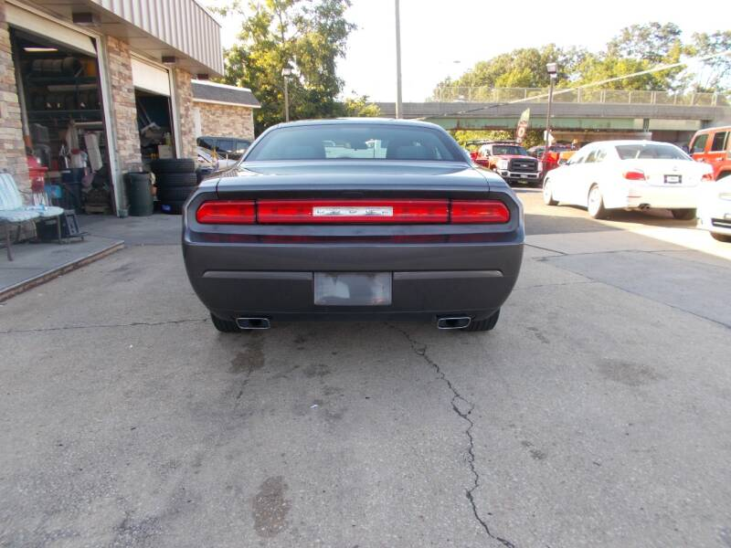 2013 Dodge Challenger SXT 2dr Coupe - Keyport NJ