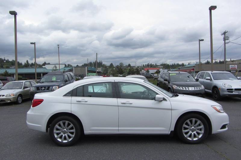 2012 Chrysler 200 Touring 4dr Sedan - Stanwood WA