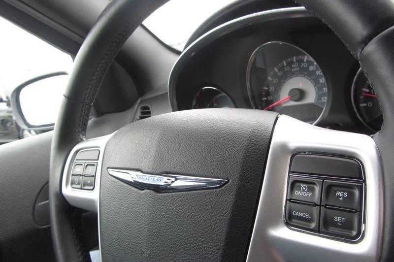 2012 Chrysler 200 Touring 4dr Sedan - Stanwood WA