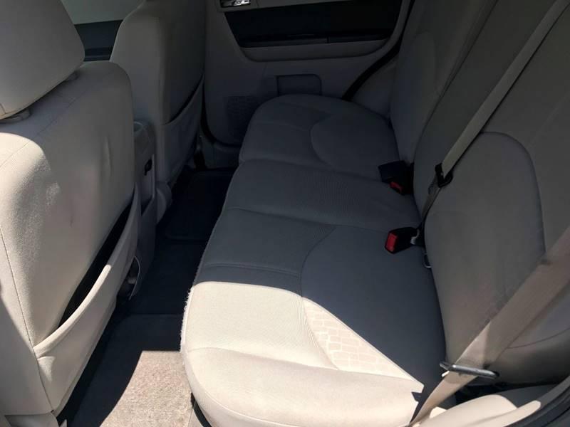 2010 Mercury Mariner V6 4dr SUV - Kansas City MO