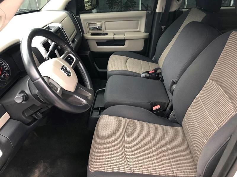 2011 ram ram pickup 1500 4x2 big horn 4dr crew cab 5 5 ft sb pickup in kansas city mo no. Black Bedroom Furniture Sets. Home Design Ideas