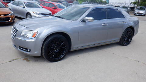 2011 Chrysler 300 for sale at Quattro Motors 2 in Farmington Hills MI