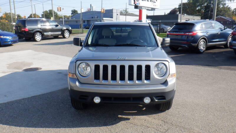 2016 Jeep Patriot for sale at Quattro Motors 2 - 1 in Redford MI