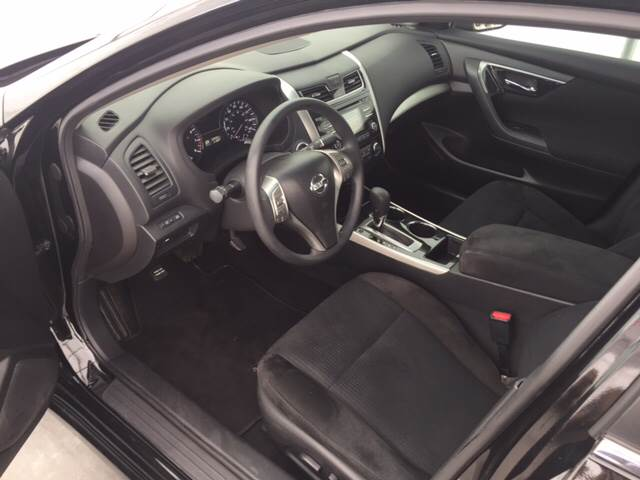 2014 Nissan Altima for sale at Clarksville Auto Sales in Clarksville TN