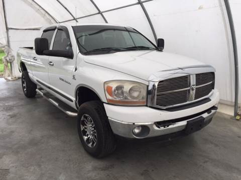 2006 Dodge Ram Pickup 2500 for sale at Clarksville Auto Sales in Clarksville TN