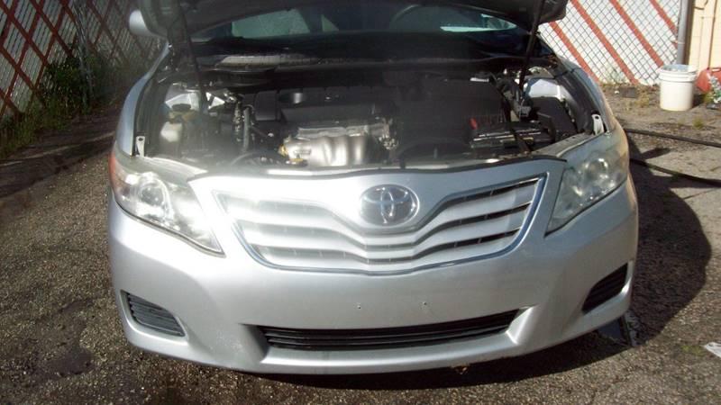 2011 Toyota Camry LE 4dr Sedan 6A - Macon GA