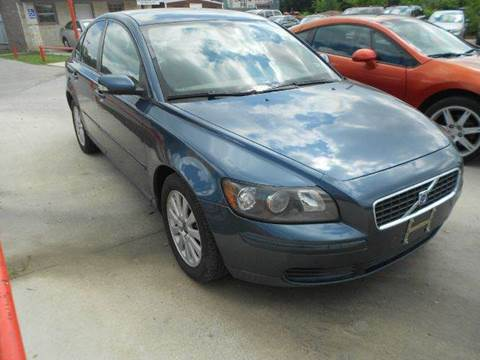 2005 Volvo S40 for sale at CARDEPOT in Fort Worth TX