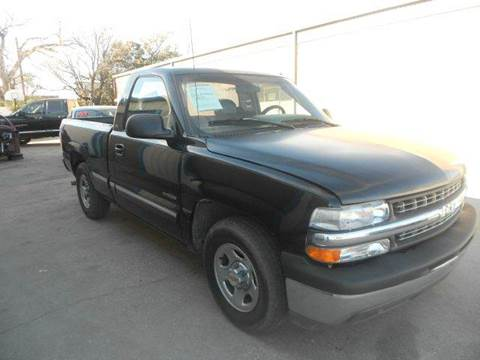 2000 Chevrolet Silverado 1500 for sale at CARDEPOT in Fort Worth TX