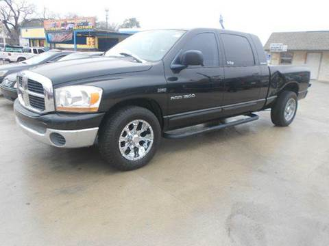 2006 Dodge Ram Pickup 1500 for sale at CARDEPOT in Fort Worth TX