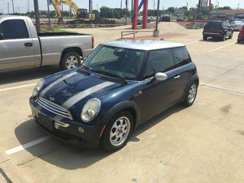 2006 MINI Cooper for sale at Car Depot in Fort Worth TX