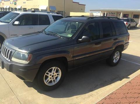 2004 Jeep Grand Cherokee for sale at Car Depot in Fort Worth TX