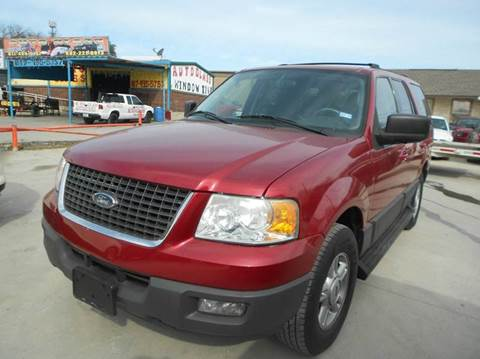 2004 Ford Expedition for sale at CARDEPOT in Fort Worth TX