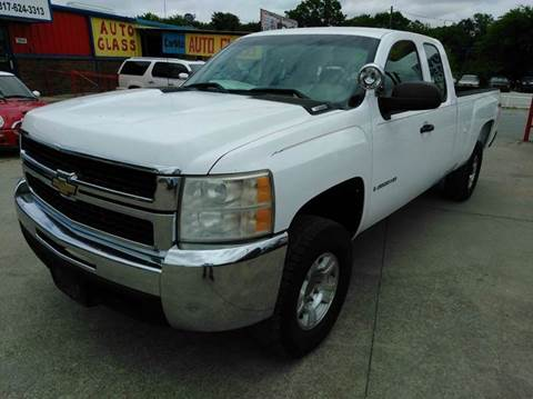 2007 Chevrolet Silverado 2500HD for sale at CARDEPOT in Fort Worth TX