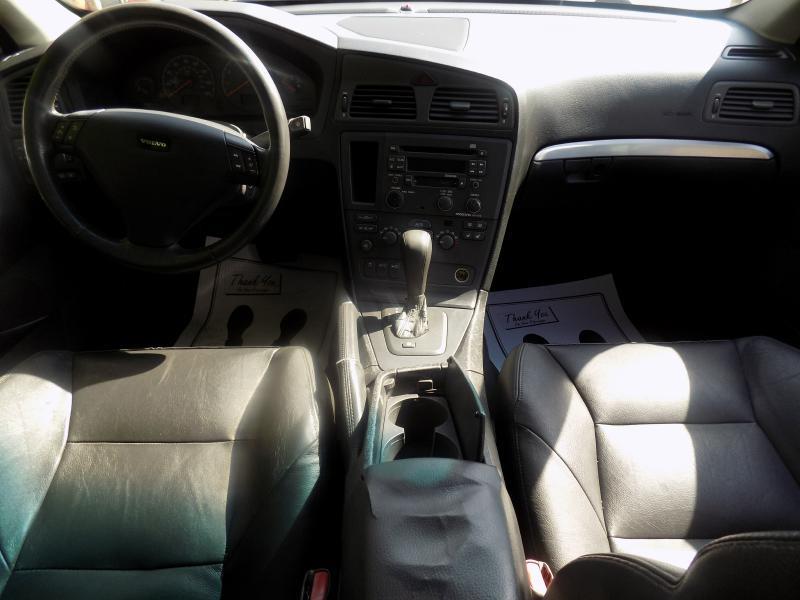 2002 Volvo S60 4dr T5 Turbo Sedan - Hazel Park MI