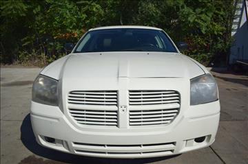 2005 Dodge Magnum for sale in Hazel Park, MI