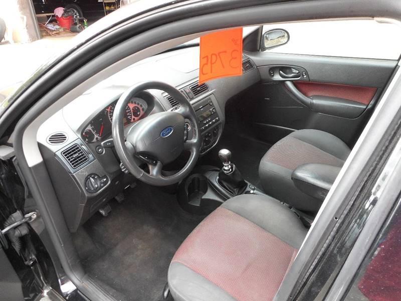 2005 Ford Focus ZX4 ST 4dr Sedan - Adel IA