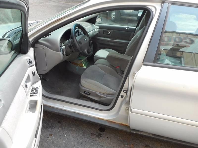 2000 Ford Taurus SES 4dr Sedan - Adel IA