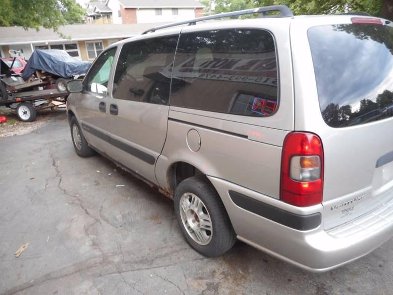 2004 Chevrolet Venture LS 4dr Extended Mini-Van - Adel IA