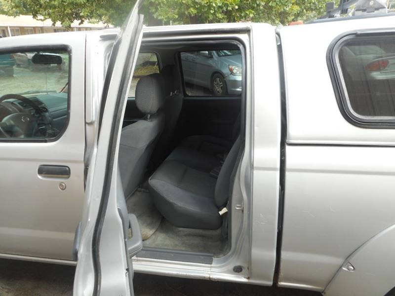 2004 Nissan Frontier 4dr Crew Cab Xe V6 4wd Lb In Adel Ia Court