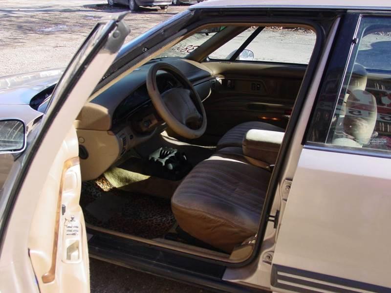 1994 Oldsmobile Eighty-Eight Royale 4dr Sedan - Adel IA