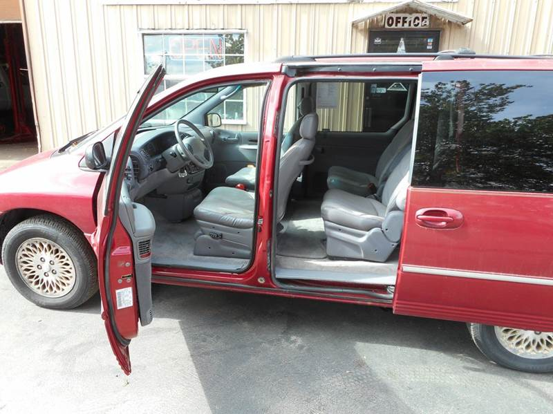 1997 Chrysler Town and Country 4dr LXi Extended Mini-Van - Adel IA