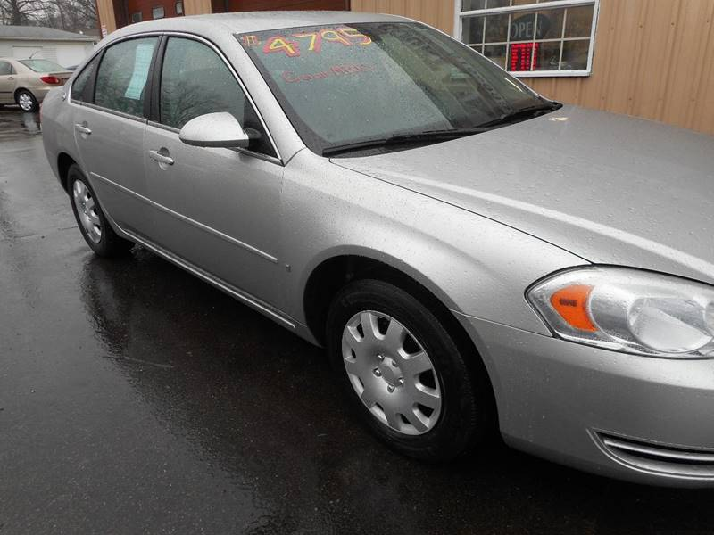 2006 Chevrolet Impala LS 4dr Sedan w/ roof rail curtain delete - Adel IA
