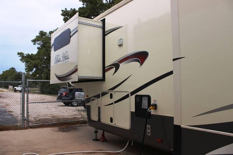 2017 EVERGREEN BAY HILL 375RE  - Spring TX