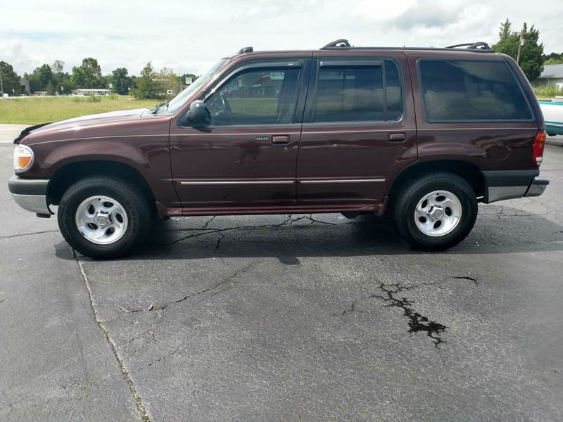 2000 Ford Explorer for sale at ROWE'S QUALITY CARS INC in Bridgeton NC