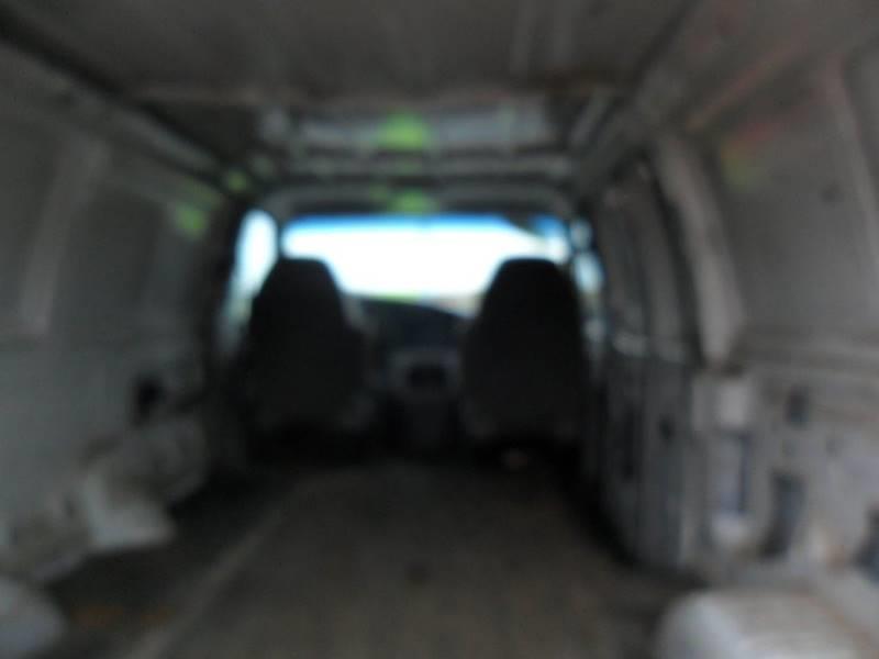 2001 Ford E-Series Cargo E-250 3dr Cargo Van - Wisconsin Rapids WI
