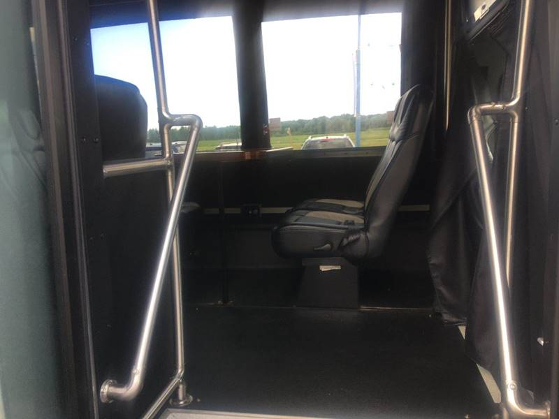 2014 Ford E-450 Limo Conversion American Bus 14 Passenger - Wisconsin Rapids WI