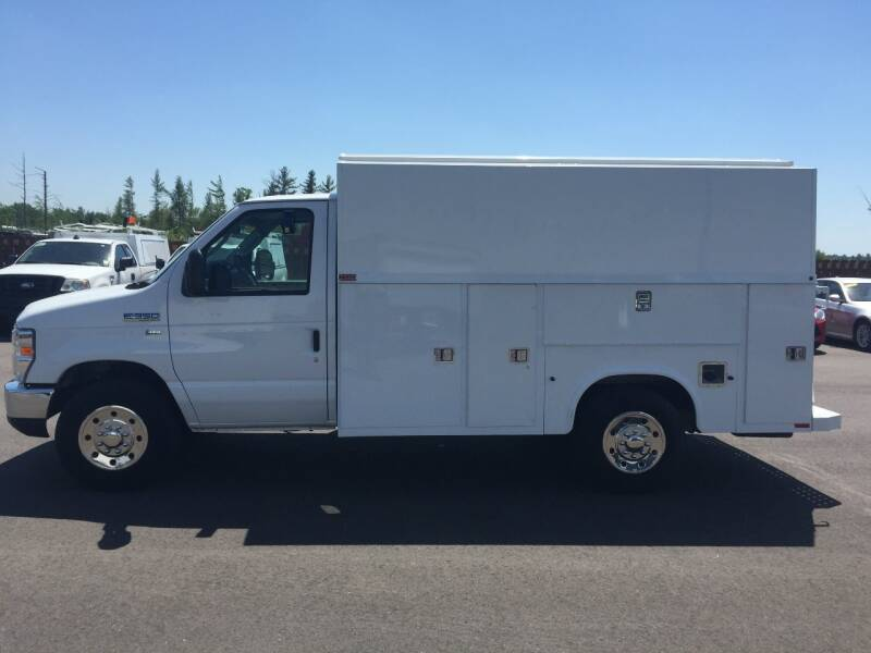 2015 Ford E-Series Chassis E-350 SD 2dr Commercial/Cutaway/Chassis 138-176 in. WB - Wisconsin Rapids WI