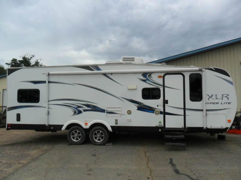 2012 Camper Forest River XLR Hyper Lite 27HFS w/Generator - Wisconsin Rapids WI