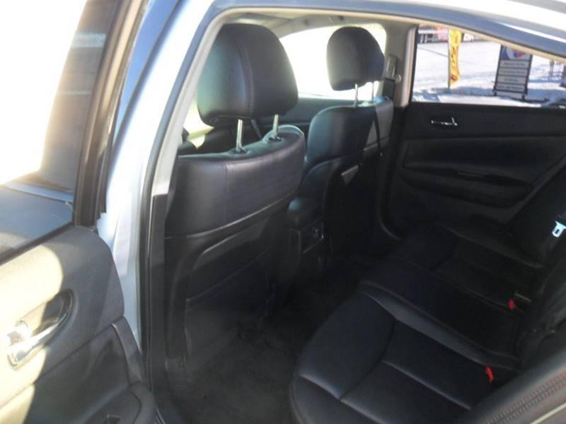 2011 Nissan Maxima 3.5 SV 4dr Sedan - Wisconsin Rapids WI