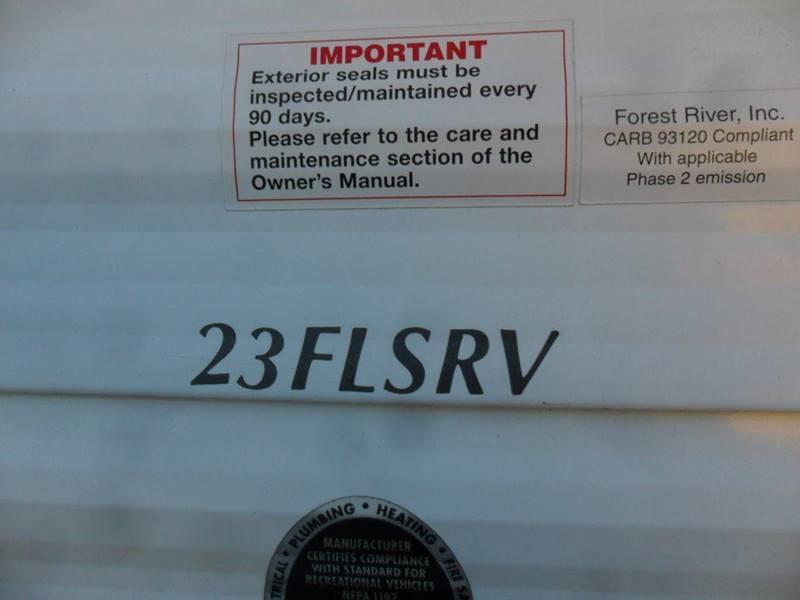 2011 Forest River Wildwood 23FLSRV - Wisconsin Rapids WI