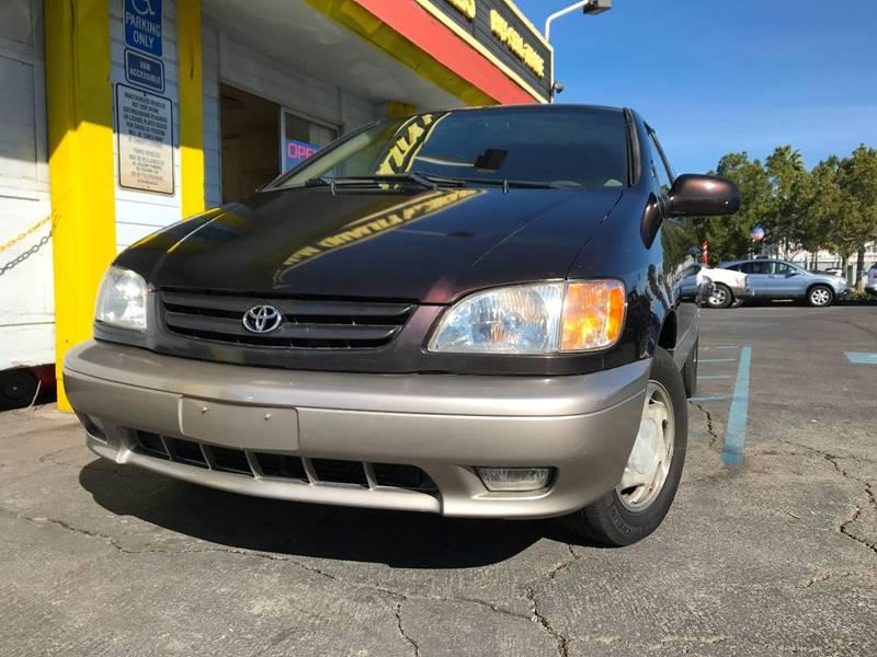 Toyota Sienna Dr XLE MiniVan In El Cajon CA M M Quality - 2001 sienna