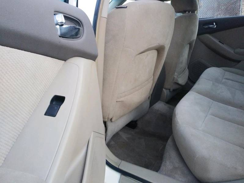 2007 Nissan Altima 2.5 S 4dr Sedan (2.5L I4 CVT) - Kenosha WI