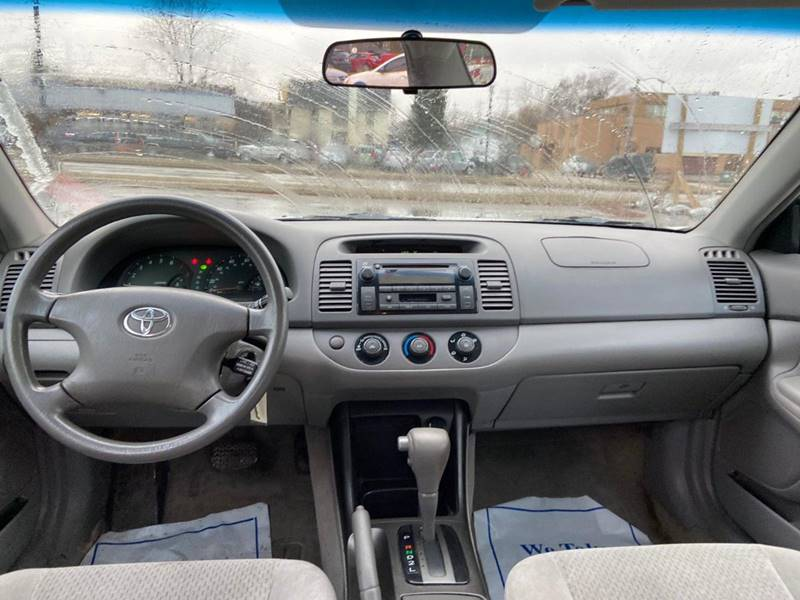 2003 Toyota Camry LE 4dr Sedan - Kenosha WI