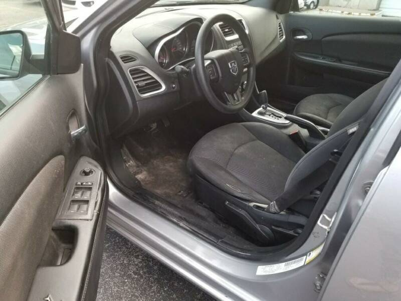 2014 Dodge Avenger SE 4dr Sedan - Kenosha WI