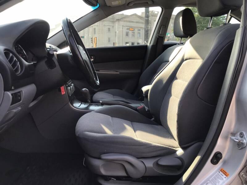 2004 Mazda MAZDA6 s 4dr Hatchback - Kenosha WI